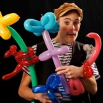 Clown Olli mit Luftballonfiguren